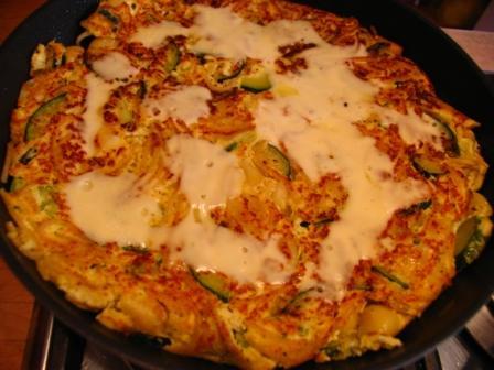 Omelett mit Zucchini und Ricotta
