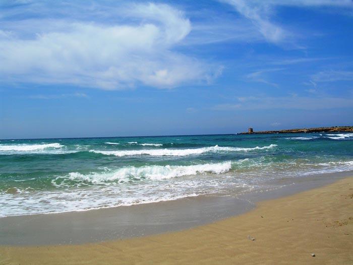 der Strand von Terrasini im August